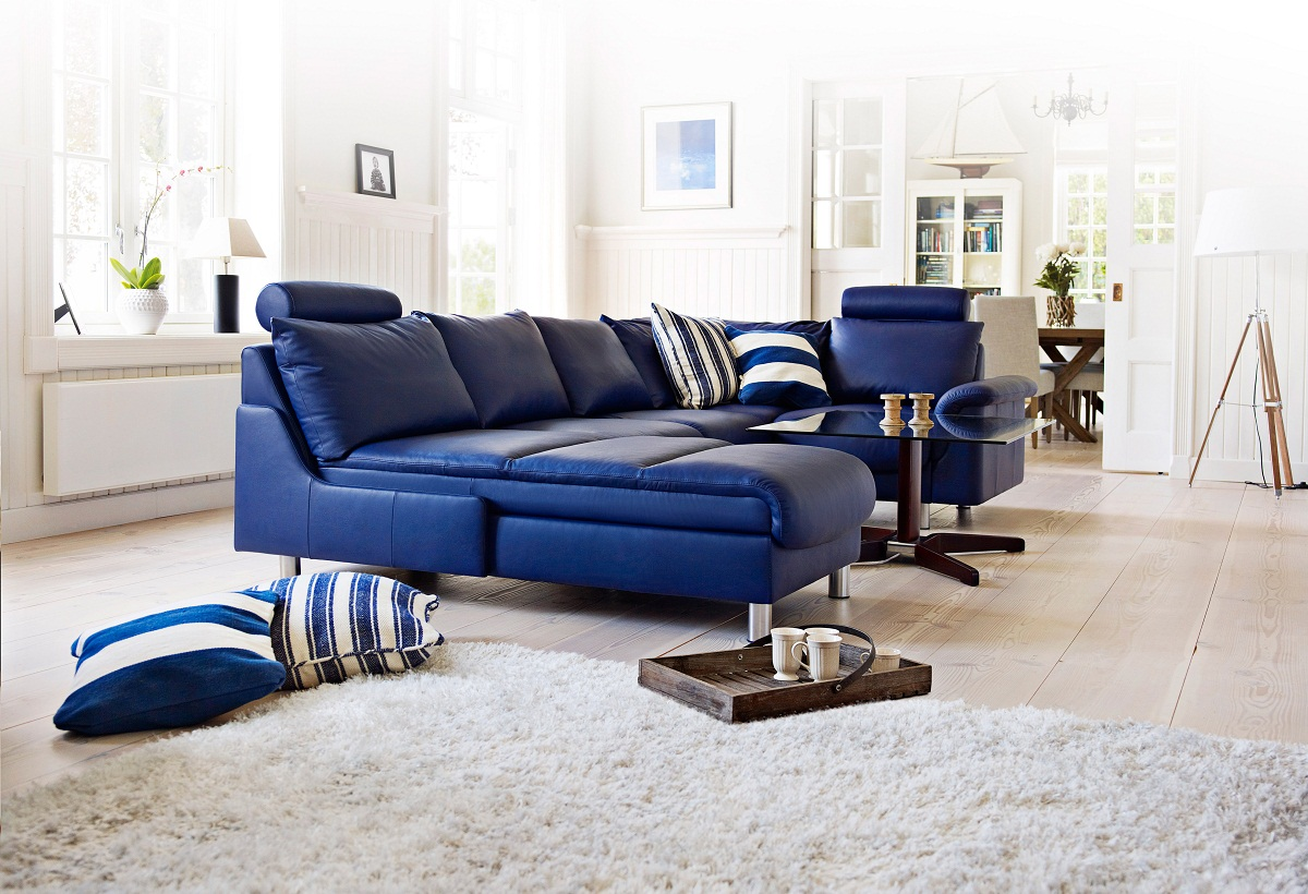 Incredible 2017 Trendy Blue Leather Sofas For Bright Homes 5 Couches Inzonedesignstudio Interior Chair Design Inzonedesignstudiocom