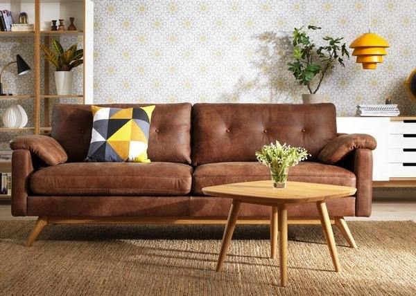 Cognac Leather Sofas Are Now On Trend