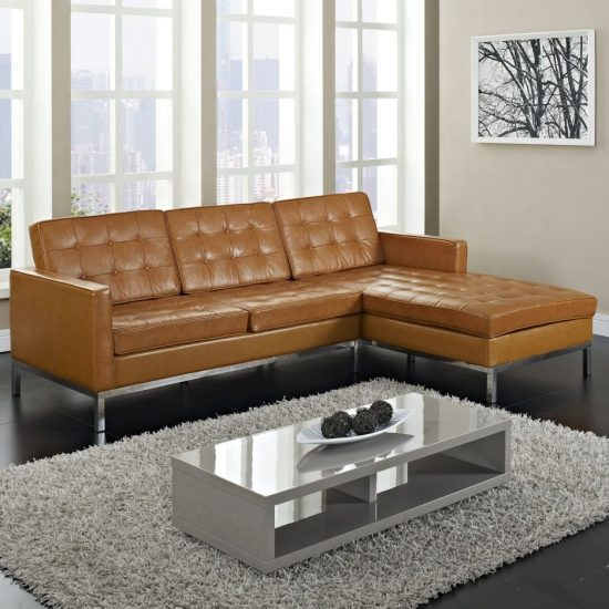 Light colored leather sofas; a bright vibe in 2017 trendy living space