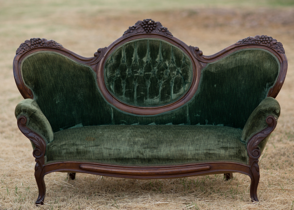 Best Of Antique Couch, Sofa And Settee Styles U2013 Bring Back The Good Old Days