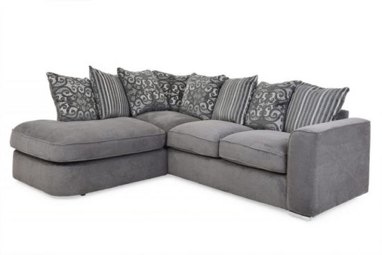 Gray corner sofas; lead you to trendy fashionable world