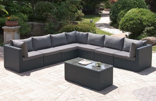 Experience the comfort chilling and relaxation of 2017 outdoor sofa sets
