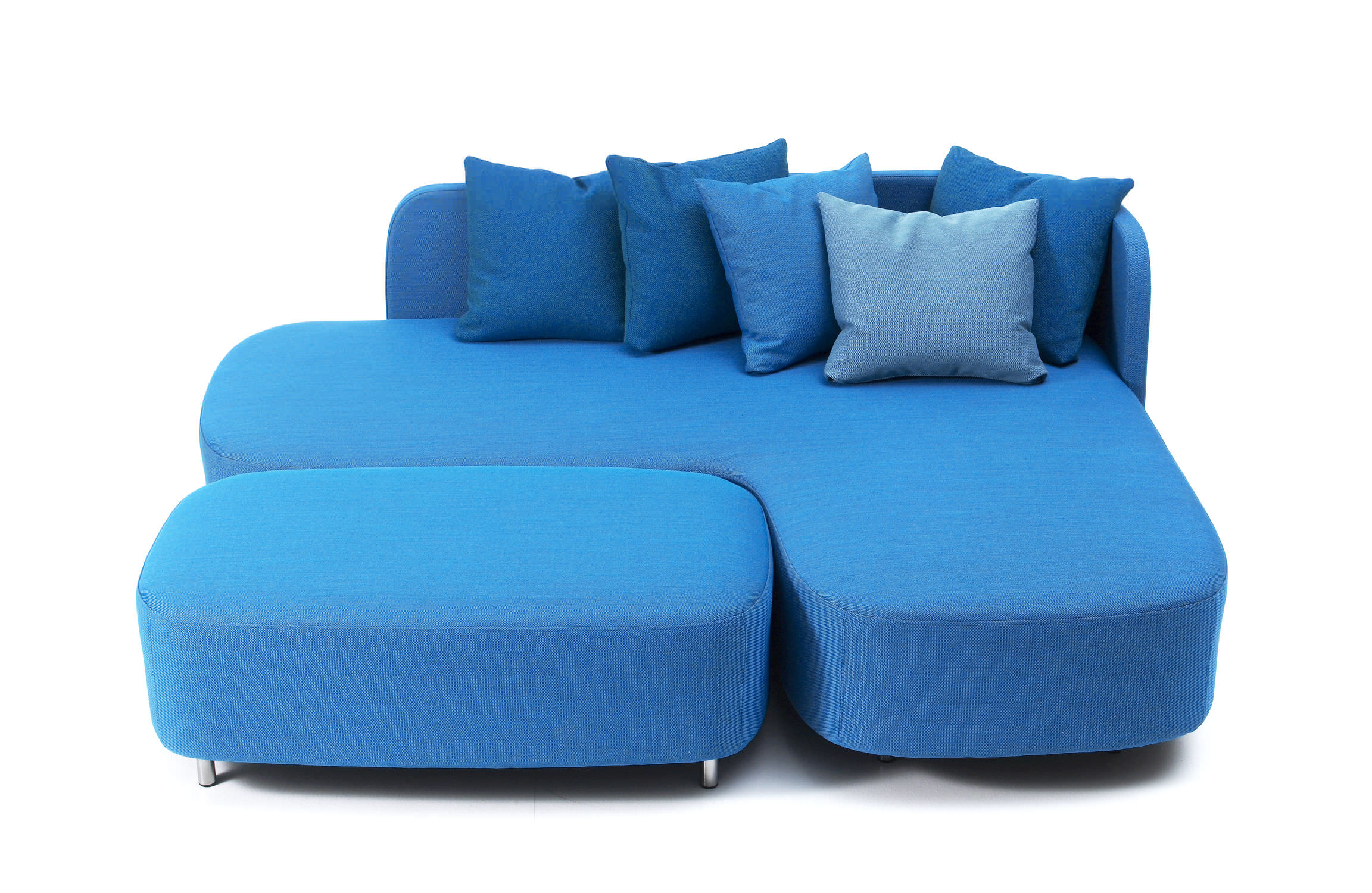 Small corner sofas - your dream pieces to save space with elegance and comfort